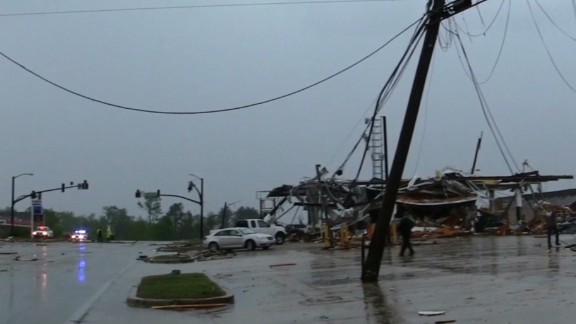 newday Myers deadly tornadoes aftermath_00003005.jpg
