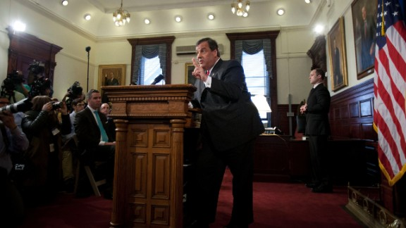 Gov. Peter Shumlin says his party will be attacking the reformer credentials of New Jersey GOP Gov. Chris Christie and other incumbent GOP govs.