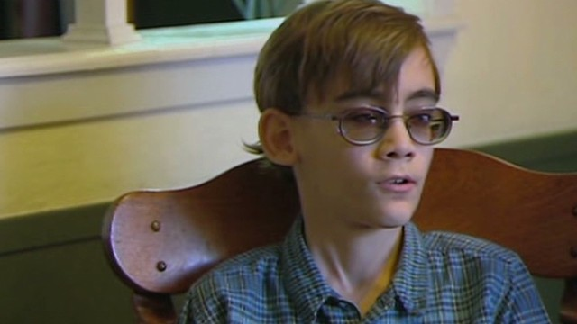 Boy makes bucket list before going blind