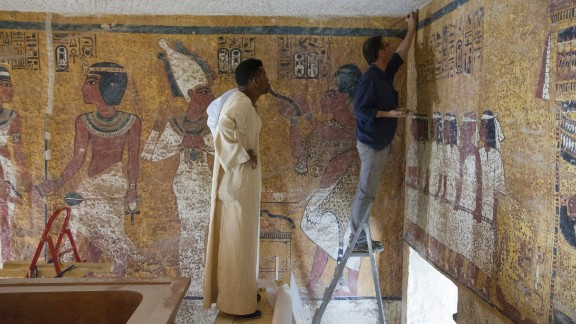 The panels depict the young pharaoh