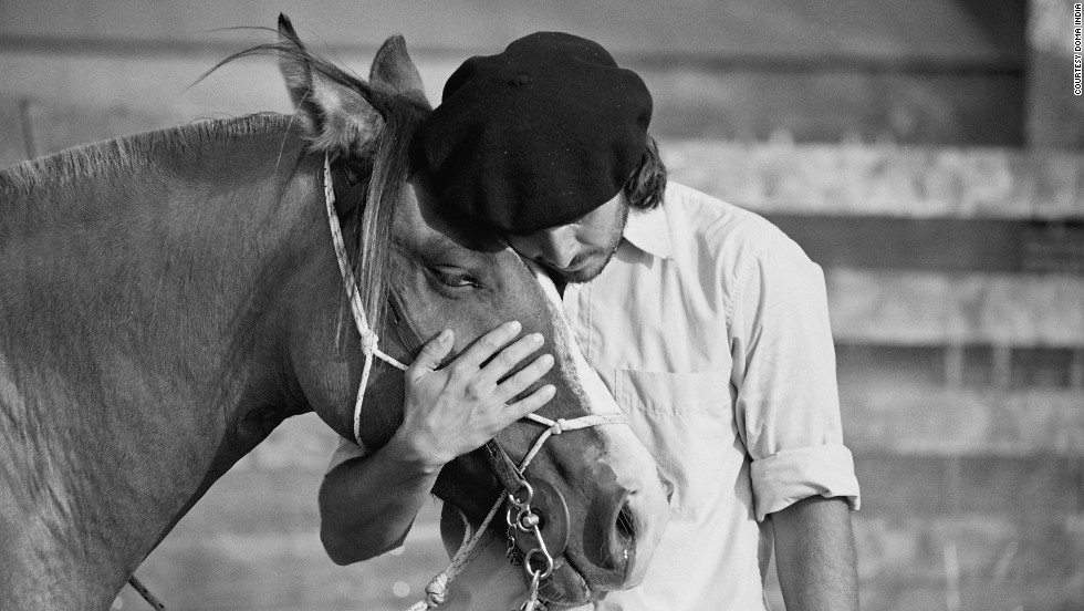 According to Cristobal Scarpati, interacting with horses can also have a calming effect on people.