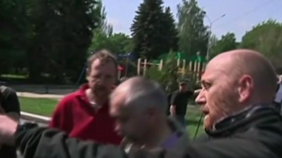nr walsh osce observers freed in ukraine_00000830.jpg