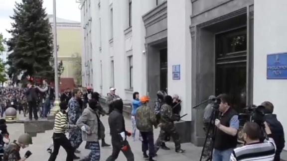 nr damon separatist tension in ukraine_00013026.jpg