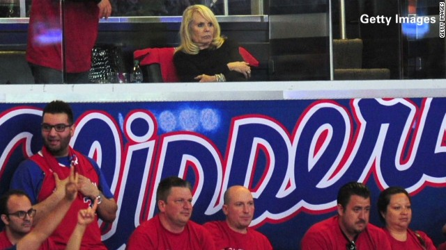 dnt rowlands clippers shelly sterling_00003325.jpg