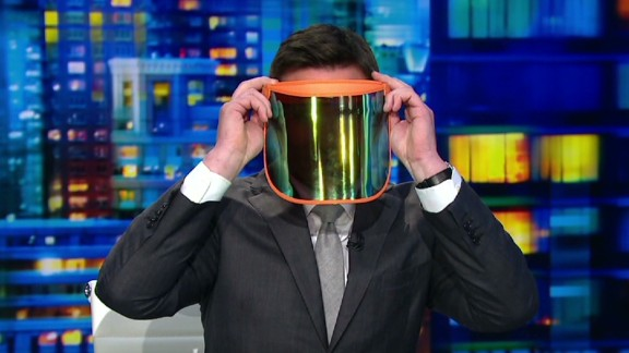 cnn tonight bill weir v stiviano mask _00020526.jpg