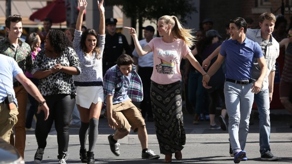 """Rachel (Lea Michele, third from left) and her friends perform in the """"The Untitled Rachel Berry Project"""" season finale episode of """"Glee."""""""