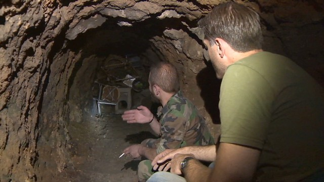 Inside rebel tunnels in Homs