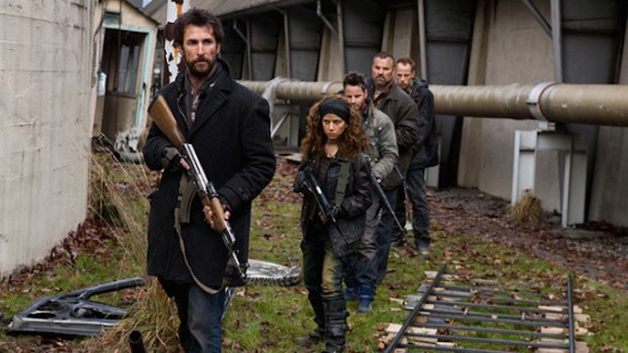"""An alien invasion has wiped out about 90% of the world's population and the survivors in post-apocalyptic Boston band together to fight back. But can a group of civilians stand a chance against the mechanical attack drones in the U.S. show """"Falling Skies."""""""