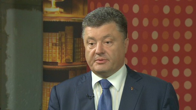 Ukraine candidate Poroshenko leads polls