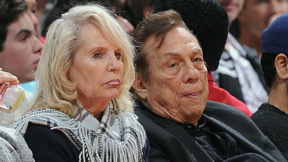 LOS ANGELES, CA - JANUARY 22: Owner Donald Sterling of the Los Angeles Clippers and his wife Shelly Sterling look on during a game against the Oklahoma City Thunder at Staples Center on January 22, 2013 in Los Angeles, California. NOTE TO USER: User expressly acknowledges and agrees that, by downloading and/or using this Photograph, user is consenting to the terms and conditions of the Getty Images License Agreement. Mandatory Copyright Notice: Copyright 2013 NBAE (Photo by Noah Graham/NBAE via Getty Images)