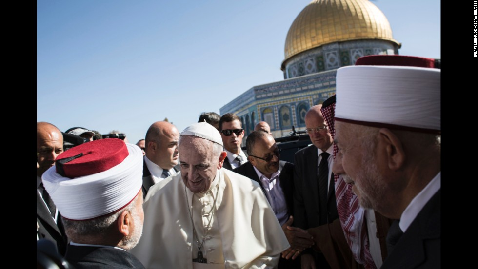 Francis meets Muhammad Ahmad Hussein, the grand mufti of Jerusalem, outside the Dome of the Rock on May 26.