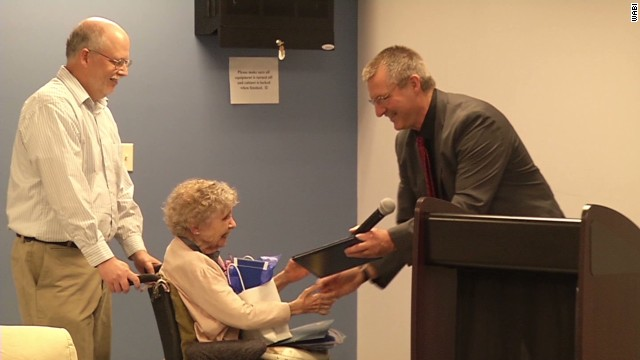 99-year-old woman gets diploma