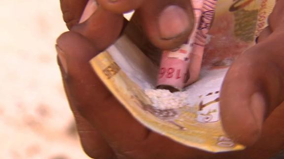 darlington.pkg.rio.drug.gangs.world.cup_00010925.jpg