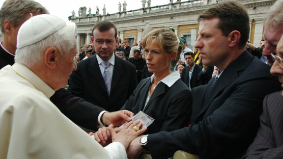 Gerry and Kate McCann speak with Pope Benedict XVI in Saint Peter