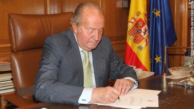 Spain's former King, Juan Carlos I, announced he's moving abroad