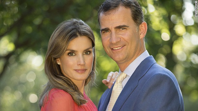 In this handout photo provided by the Royal Press Department, Prince Felipe and Princess Letizia of Spain pose at Zarzuela Palace on September 15, 2012 in Madrid.