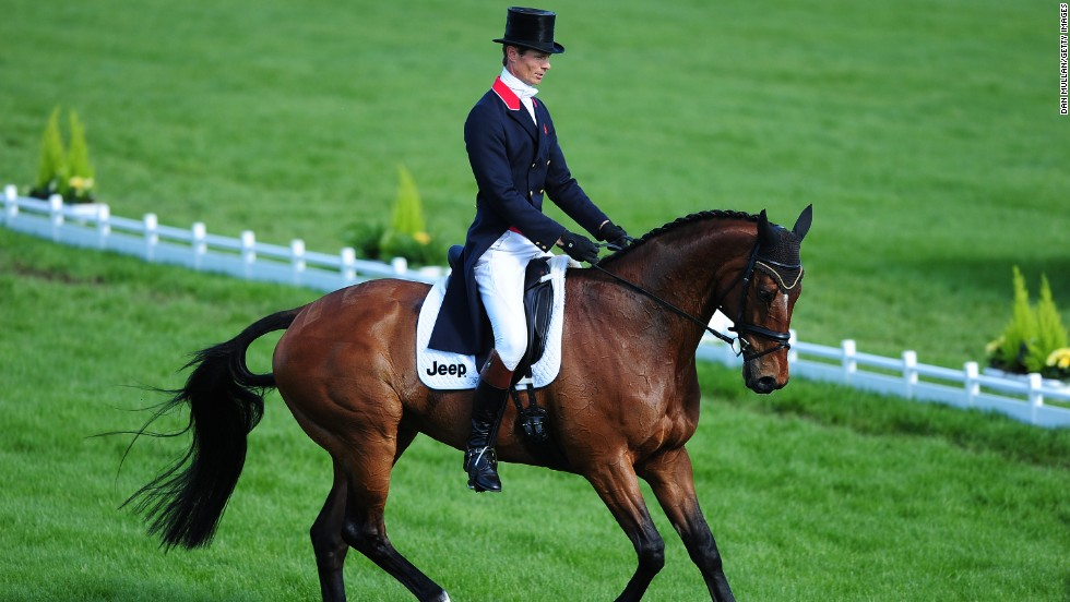 It involves mastering three entire disciplines over three days of action, starting with the dressage.