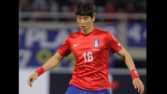 Ki Sung-yueng (South Korea): He