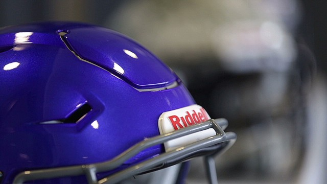 New football helmet diagnoses hard hits