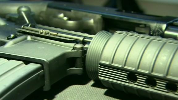 lead intv rahm emanuel guns chicago violence_00025605.jpg