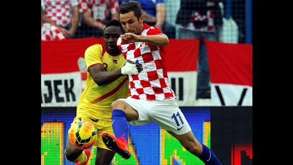 Darijo Srna (Croatia): Srna, right, is Croatia