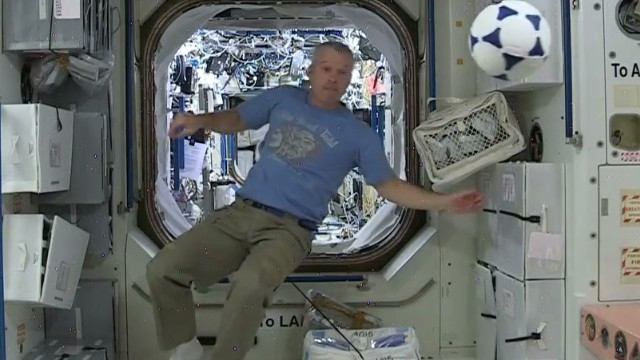 nasa astronauts world cup wishes space_00005712.jpg