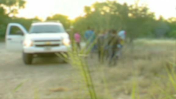 lead dnt savidge us mexico border undocumented immigrant kids_00011415.jpg
