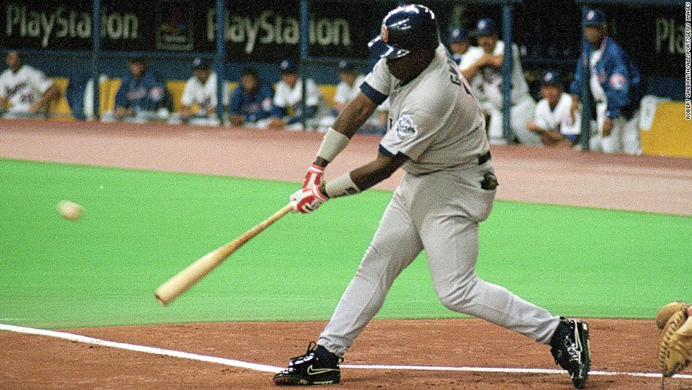 Gwynn gets his 3,000th hit during a game against the Montreal Expos in 1999.