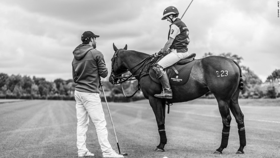CNN's Alysen Miller is given a few pointers on how to better her polo handicap of -1 by one of the world's best.