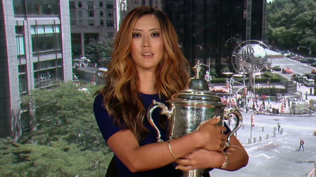 Wie: U.S. Open trophy 'very snuggable'