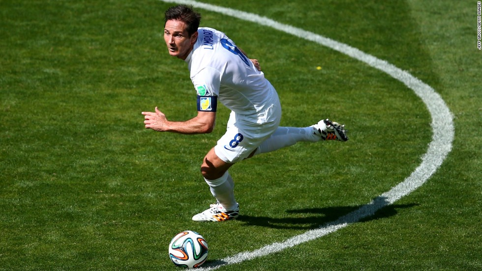 Frank Lampard of England controls the ball during the match against Costa Rica.