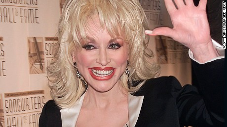 Dolly Parton at the Songwriters Hall of Fame 32nd Annual Awards at Sheraton New York Hotel and Towers in New York City. June 14, 2001. Photo: Scott Gries/ImageDirect