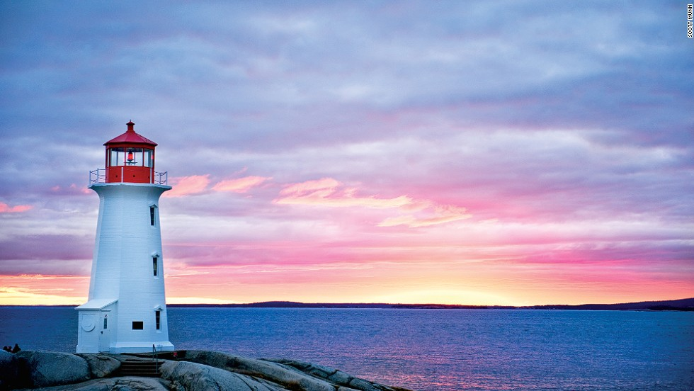 Famous for its natural scenery, fresh seafood and working fishing village, Peggy's Cove in the eastern coastal province of Nova Scotia is best known for its historic lighthouse, built in 1915.