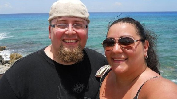 In 2011, Robert and Jessica Foster weighed 327 pounds and 287 pounds, respectively. Click through the gallery to see the Colorado couple's amazing transformation.