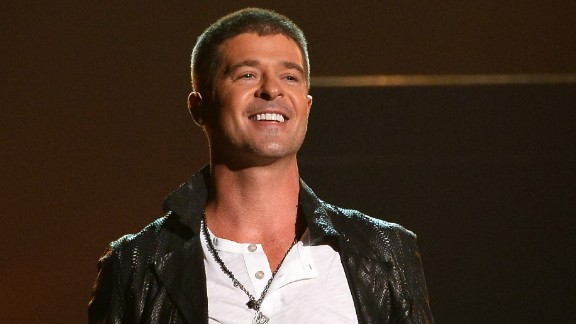 Robin Thicke performs at the 2014 Billboard Music Awards.