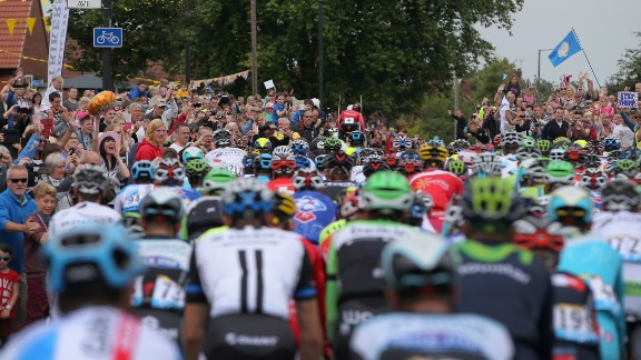 Spectator killed in cyclings Tour de France - CNN.com
