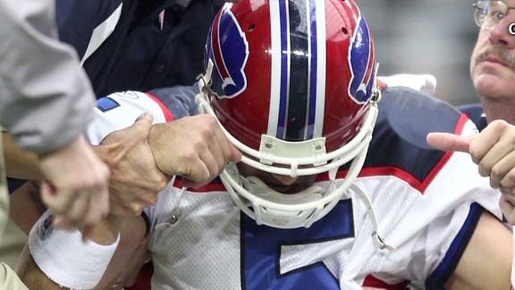 nr nfl concussion lawsuit settlement _00005022.jpg