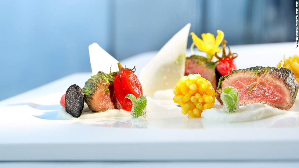 In Flight Gourmet Fine Dining    Is It Really Possible?   CNN Travel