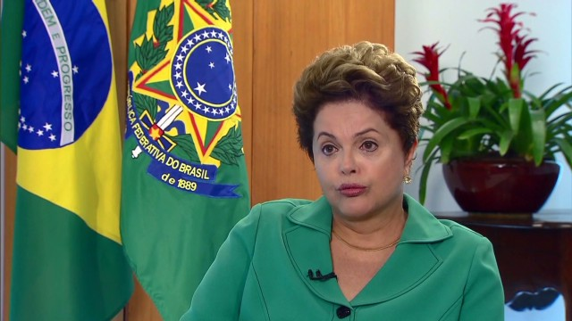 Watch Rousseff in Portuguese