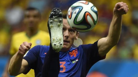 Netherlands defender Stefan de Vrij plays the ball.