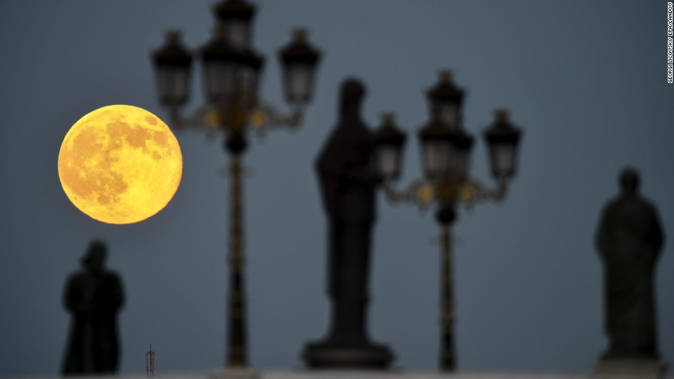 Catching The Summer Of Supermoons Cnn
