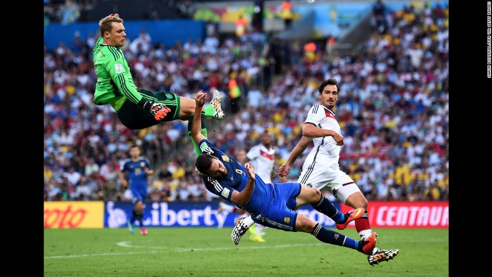 Neuer, left, collides with Argentine forward Gonzalo Higuain in the second half.