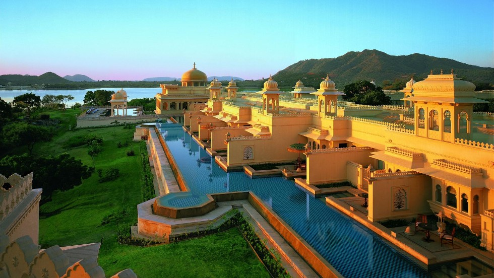 10 Of The World S Best Hotels Cnn Travel