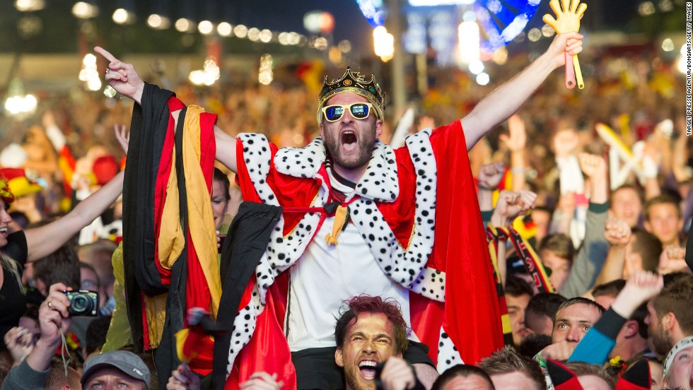 German fans, usually loyal to rival club teams like Bayern Munich and Borussia Dortmund, all came together to celebrate a long awaited victory for the national team.