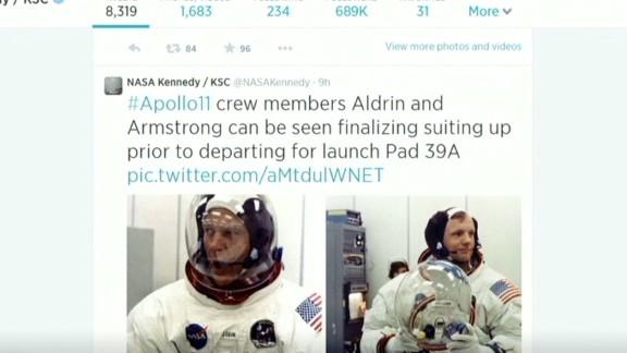 erin pkg moos tweeting moon launch_00001120.jpg