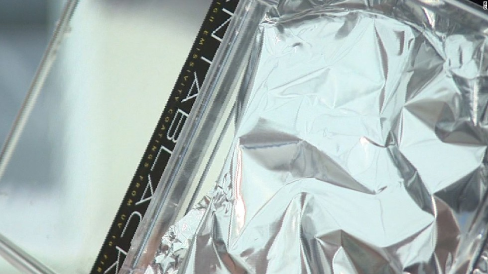 It creates some surprising visual effects. Creases and bumps on this aluminum foil are easily picked up by the human eye ...