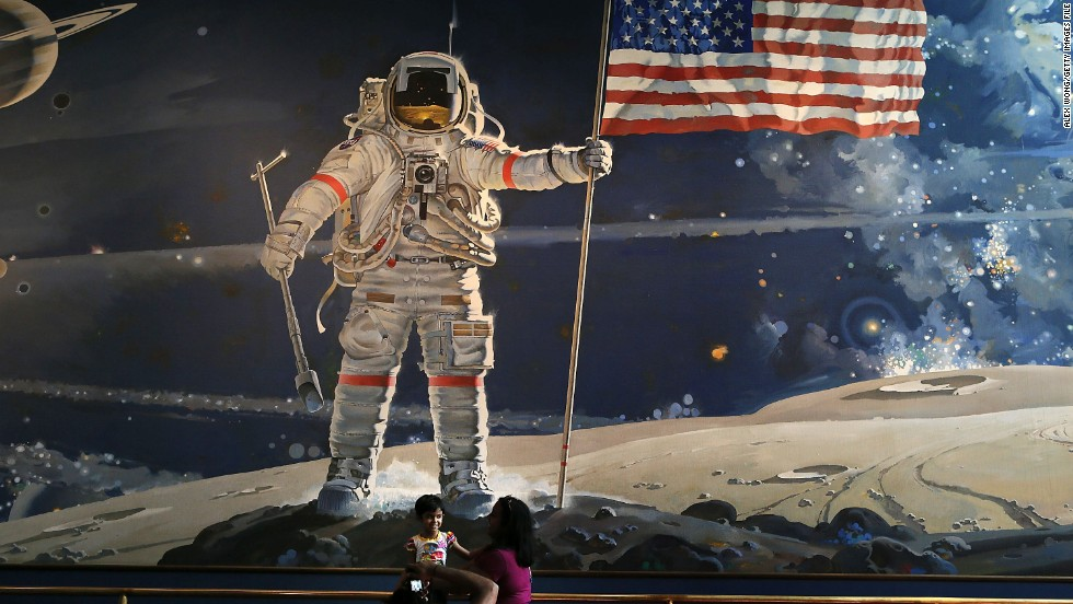 First Moon Landing Fast Facts - CNN