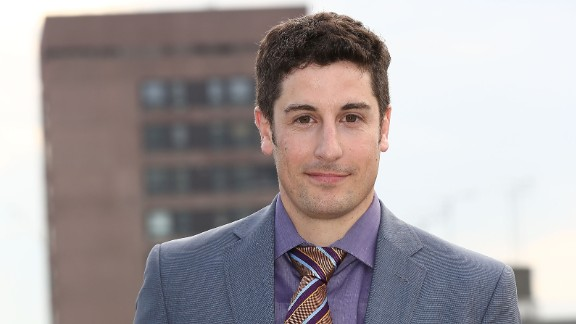 "After Jason Biggs tweeted -- and defended -- a joke about the Malaysia Airlines crash in July 2014, he deleted his tweets and apologized for his remarks, saying, ""People were offended, and that was not my intent. Sorry to those of you that were."" He continued, ""I understand that my comments might have come off as insensitive and ill-timed. For that, I apologize."""