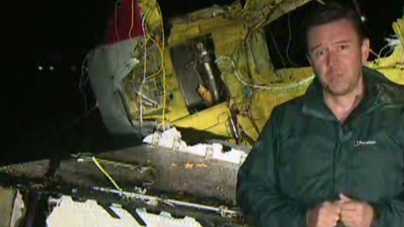 exp erin sot black ukraine malaysia airlines crash site_00020429.jpg