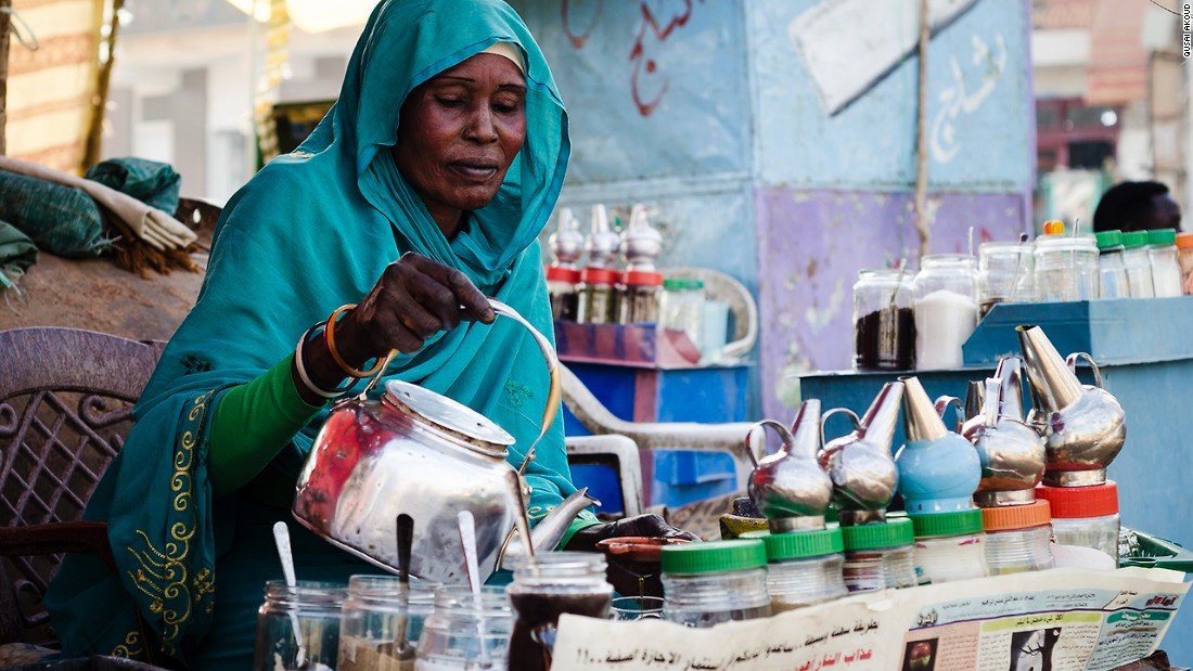 I asked her where her husband was. She hesitantly answered that he had gone to Libya 7 years ago and there had been no word of him ever since. She had to work as a tea-lady to provide for her children and pay for their schools. <br />She starts working at dawn everyday, and is done by sunset.